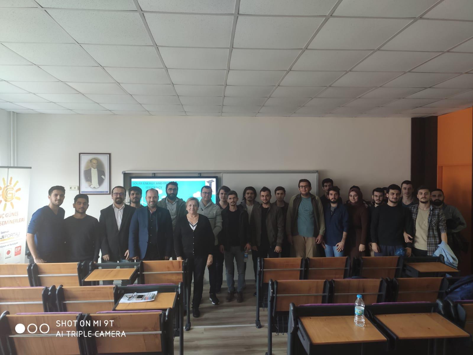 güneş enerjisi seminerleri arel üniversitesinde devam etti